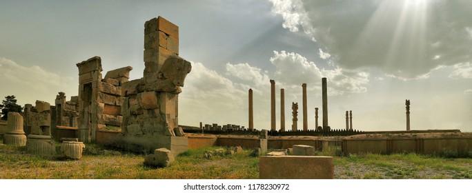 PERSIAN ANCIENT CITY OF PERSEPOLIS