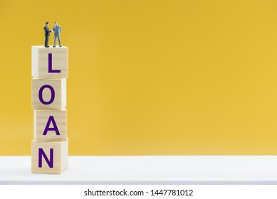 Personal loan / payday loan concept : Businessmen make an agreement on corporate loan, CEO CFO negotiate, agree and hand shake on topics about borrowing and repayment money that lend for a short term
