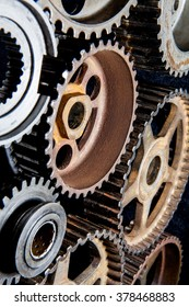 Perspective gears fit together and iron oxide