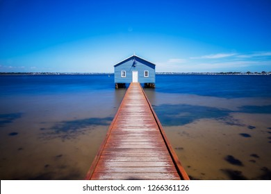 Perth crawley edge boatshed