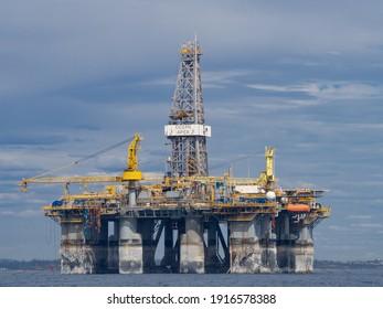 Perth, WA, Australia - February 14th 2021 - Semisub Drilling Rig Diamond Ocean Apex undergoes maintenance offshore of Perth