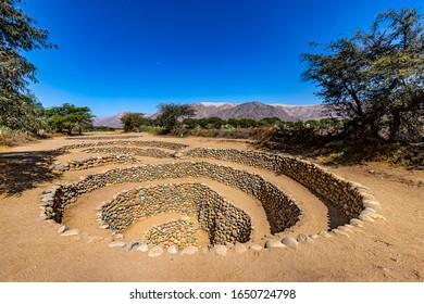 Perú, Región De Ica. Ciudad de Nazca. Los acueductos de Cantalloc