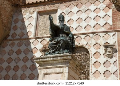 Perugia, Italy - April 7, 2018: The statute of Pope Julius III beside the San Lorenzo cathedral