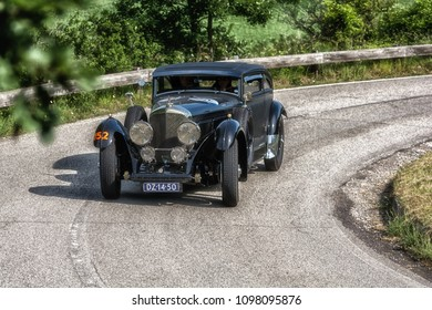 PESARO COLLE SAN BARTOLO , ITALY - MAY 17 - 2018 : BENTLEY B SPECIAL BLUE TRAIN1951 old racing car in rally Mille Miglia 2018 the famous italian historical race (1927-1957)