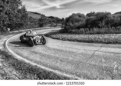PESARO COLLE SAN BARTOLO, ITALY - MAY 17 - 2018: OM 665 S SUPERBA 2000 2000 1929 old racing car in Mille Miglia rally 2018 the famous italian historical race (1927-1957)