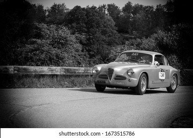 PESARO COLLE SAN BARTOLO , ITALY - MAY 17 - 2018 : ALFA ROMEO 1900 C SPRINT TOURING 1952 on an old racing car in rally Mille Miglia 2018 the famous italian historical race (1927-1957)