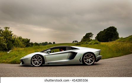PESARO, ITALY - MAY 15:lamborghini aventador  old racing car in rally Mille Miglia 2015 the famous italian historical race (1927-1957) on May 2015