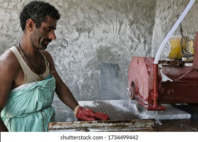 Peshawar, Pakistan, 2007: cutting the marble just extracted