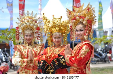 Pesisir Selatan, West Sumatra, INDONESIA: March 14, 2014: Minangkabau women in traditional clothes at Langkisau Festival Event