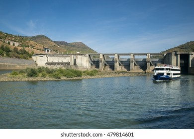 Peso da Regua, Portugal - 4 August 2016 : Walk in a ship in the river gild to see the landscape, margins of the river gild in Peso da Regua, Portugal, 4 August of 2016