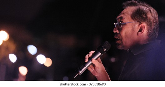 Petalin Jaya, Malaysia, May 25, 2013: Malaysian opposition leader Anwar Ibrahim speaks during the 'Blackout 505? rally to protest instability of 13th General Election results.