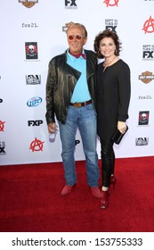 "Peter Weller and Sheri Stowe Weller at the ""Sons of Anarchy"" Season Six Premiere Screening, Dolby Theatre, Hollywood, CA 09-07-13"