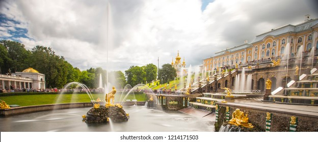 PETERGOF, RUSSIA, 14.08.2018 Grand cascade in Petergof, St-Petersburg. the largest fountain ensembles . Wide angle lens and long exposition. Samson fountain as main statue.