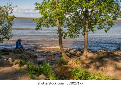 PETERHOF,SAINT-PETERSBURG,RUSSIA-JUNE 5, 2015: View of the Gulf of Finland in the Lower Park of Peterhof, Saint-Petersburg, Russia
