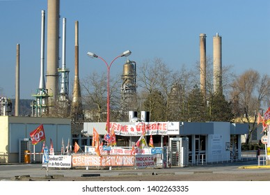 Petit-Couronne, Normandy, France, February 2013. Petroplus Holdings announced that it intends to suspend turnaround of the base oil complex at the Petit-Couronne refinery in France.