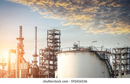 Petrochemical Plant - Oil refinery industry