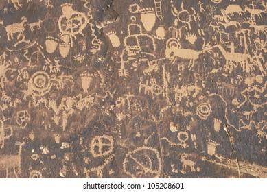 Petroglyphs, Newspaper Rock, Southern UT