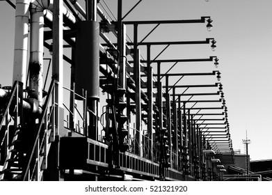 Petroleum products transshipment terminal
