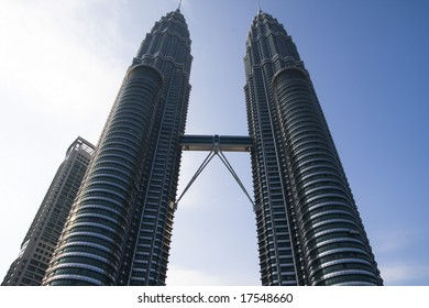 Petronas Twin Tower stand as one of top skyscraper in a world