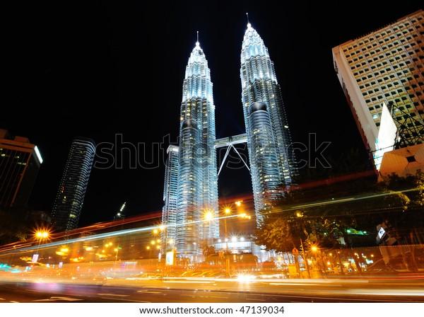 The Petronas Twin Towers, at the heart of the Kuala Lumpur city