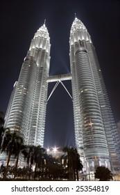 Petronas Twin Towers (Suria KLCC) at night