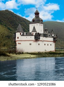 Pfaltzgrafenstein castle on the Rhine River in Germany