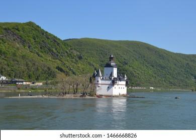 Pfalzfragenstein Castle on the Rhine 'River
