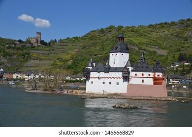 Pfalzfragenstein and Gutenfels Castles on the Rhine