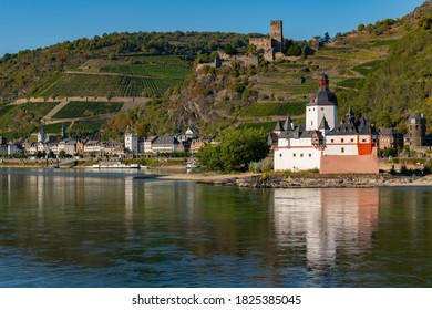 Pfalzgrafenstein Island Castle in the middle of the river and Gutenfels castle on a rock above the Village of Kaub are tourist attraction in the romantic middle rhine valley in Germany
