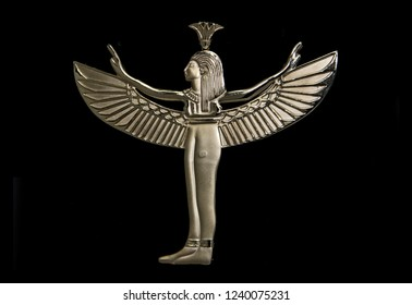 Pharaonic piece with wings