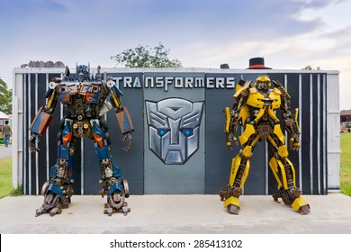 PHETCHABURI, THAILAND - APR 14: The Replica of robot statue from Transformers display at Swiss ship farm on April 14, 2015 in Phetchaburi province, Thailand