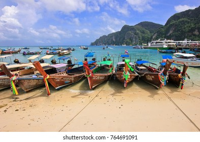 PHI PHI ISLAND, THAILAND - AUG 18,2016: Longtail boats at the beautiful beach, Phi-Phi Don.