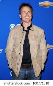 """Phil Keoghan at the CBS Fall Season Premiere Event """"Cruze Into The Fall,"""" Colony, Hollywood, CA. 09-16-10"""