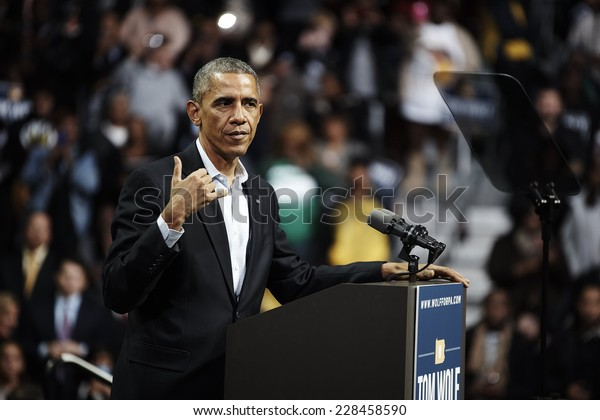 PHILADELPHIA - NOVEMBER 2: President Barack Obama urges supporters to spread the word and get neighbors to the polls help the outcome of a close election on November 2, 2014 in Philadelphia.