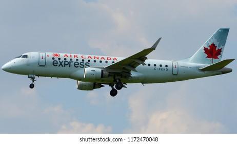 Philadelphia, PA - August 8th, 2018: An Air Canada Express Embraer ERJ-175SU Landing