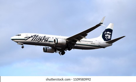 Philadelphia, PA - January 29th 2017: An Alaska Airlines Boeing 737-800 Landing at Philadelphia International Airport