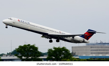 Philadelphia, PA - June 3rd, 2018: A Delta Airlines MD-90-30 Departing from Philadelphia International Airport