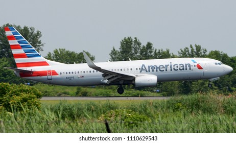 Philadelphia, PA - June 9th, 2018: An American Airlines Boeing 737-823WL Landing at Philadelphia International Airport