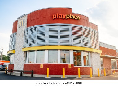 Philadelphia, Pennsylvania - Aug 16, 2017: McDonald's restauraunt logo. McDonald's is the world's largest chain of hamburger fast food restaurants, serving around 68 million customers daily.