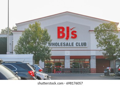 Philadelphia, Pennsylvania - Aug 16, 2017: BJ's is a membership only Wholesale Club with over 200 locations mainly on the East Coast of the USA.