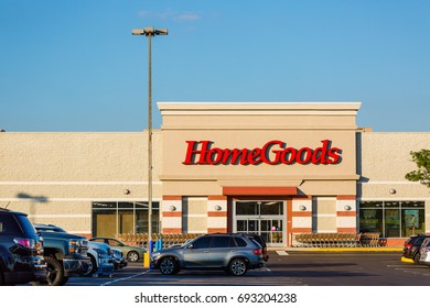 Philadelphia, Pennsylvania - Aug 8, 2017:HomeGoods retail store exterior and sign. HomeGoods is a chain of home furnishing stores operated by TJX Companies.