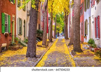 Philadelphia, Pennsylvania, USA alley in the fall.