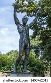 PHILADELPHIA, USA - AUGUST 15, 2014: Rocky Statue