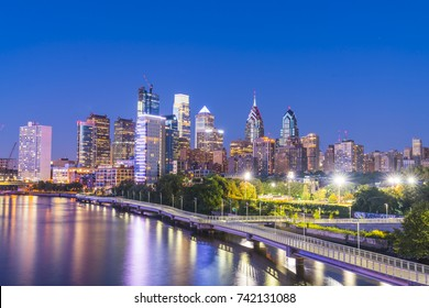 philadelphia,pennsylvania,PA,usa. 8-23-17:philadelphia skyline at night with reflection in river.