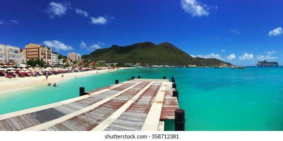 Philipsburg, docking, pier, harbour, beach, cruise, St Martin, Saint Martin, Sint Maarten, Netherlands Antilles, Caribbean