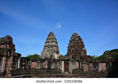 The Phimai historical park is one of the largest Khmer temples of Thailand (located at Phimai district, Nakhon Ratchasima province)