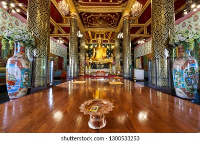 Phitsanulok, Thailand - January 29, 2019 : Luang Pho Toh one of the Principle Buddha Statue in temple of  Wat Phra Si Rattana Mahathat, Phitsanulok