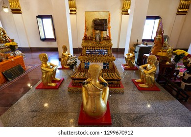 Phitsanulok, Thailand - January 30, 2019 : The ancient Buddha enters nirvana statues  in sanctuary at Wat Phra Si Rattana Mahathat, Phitsanulok, Thailand