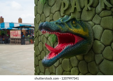 PHITSANULOK, THAILAND - OCTOBER  20, 2018: Close up Dinosaur statue in Dinosaur Market  in Phitsanulok province, Thailand