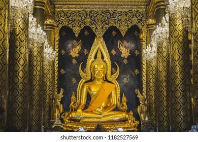 PHITSANULOK/THAILAND - SEPTEMBER 15, 2018: Big buddha statue (Phra Chinnarat Buddha image). in Wat Phra Sri Rattana Mahathat at Phitsanulok, Thailand.